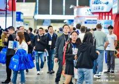 上海电子展存照式烂:观众人群